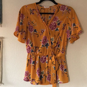 Sienna Sky Mustard Yellow Floral Wrap Top Sz S